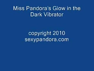 Miss Pandora Gets Off with Her Mini Vibe