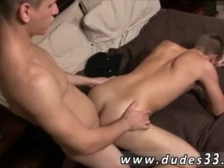 Ejaculating penis gay porn These two studs exchange some more smooches as
