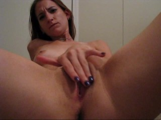 Brandi gives her fingers a workout