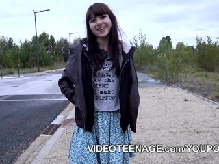 18 years old teen Luna first nude casting