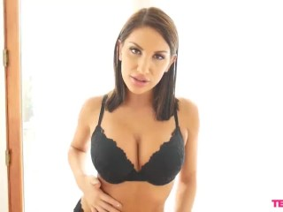 August Ames Jerks Slowly And Closely
