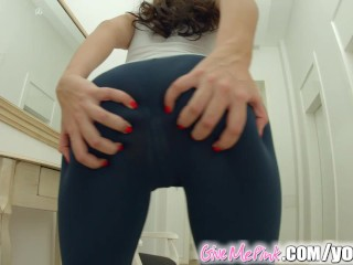 Give Me Pink Clitoral stimulation leads to great orgasm