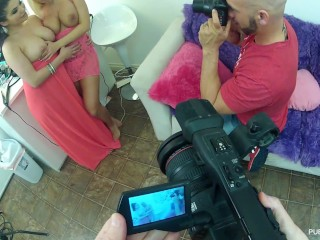 Britney Amber behind the scenes
