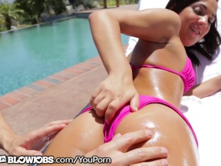 Shut Up & Let This Teen Suck Ur Dick By The Pool!