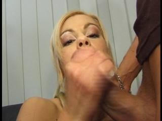 He knows exactly what she wants – DBM Video