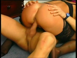 Older woman gets railed – Julia Reaves