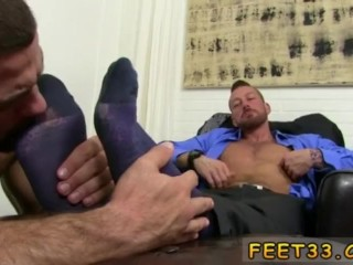 Young gay sexy boy feet and dick and mexican twink feet Hugh Hunter
