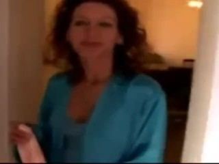 Lonely Mature Housewife Going Wild