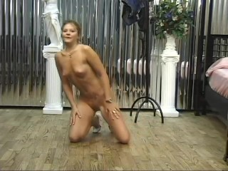 Polished princess playing with her pussy – GD Douglas