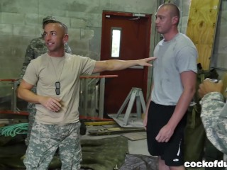 Military Soldiers Wrestle for Glory and Have Gay Orgy (tpc15173)