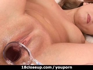 18 Year Old Ariana Has her Pussy Explored!