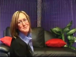 Milf amateur business wife with glasses homemade blowjob facial