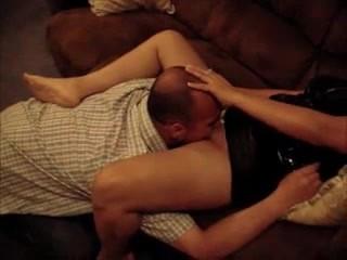 Cute latina milf does worker