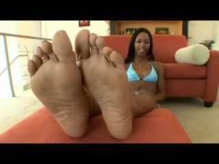 Marie Luv of Foot Fetish Daily