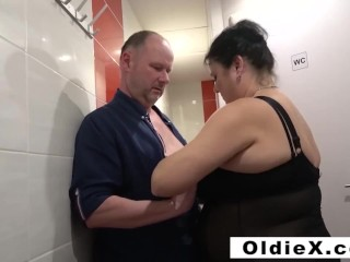 Fucking old people in a jacuzzi