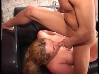 She's in her glory, he's in her cock holster   (CLIP)