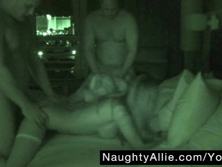 FOURSOME ON NIGHT VISION CAM – WIFE SWAPPING GROUP