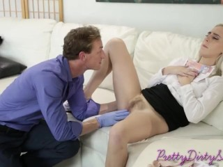 Hot blonde gets her pussy inspected