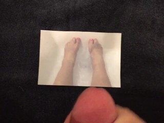 Tribute To Feet, By Request… using a pic of my cousin's feet, in her tub!