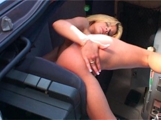 Blonde Chloe-hot tease