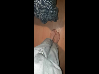 stand and pee jogging bottoms