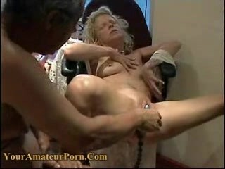 Horny couple using a lot of sextoys (part2)
