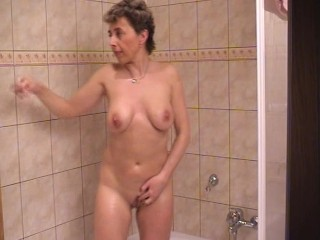 granny getting cleaned up for sex