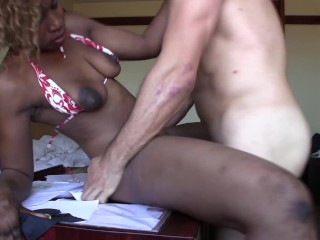 Black African Amateur loves Dancing on my Cock