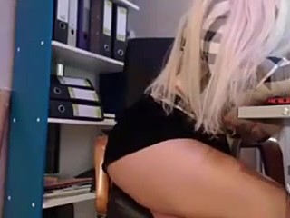 webcam amateur blonde