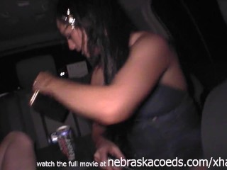 party girls gets naked in the car while going home