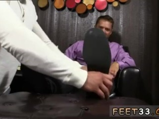 Gay sex stories Tyrell's Sexy Feet Worshiped
