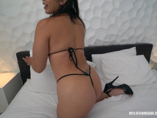 Bounce that big ass on this hard cock