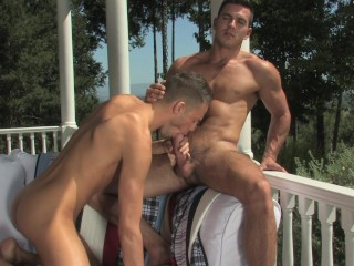 Reverse-Cowboy On The Patio – Hot House