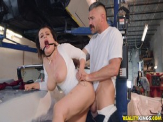 Steamy fuck in the garage with Nadia White