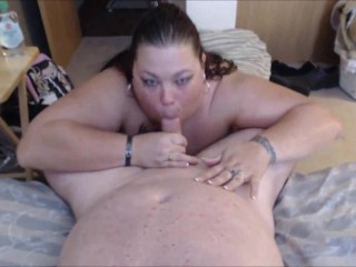 BBW giving head to her lucky BF