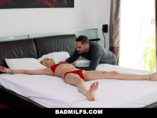 BadMilfs – Sexy Blonde Teen Shares Huge Cock With Mom