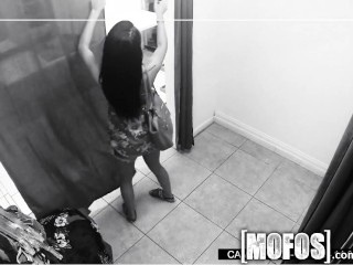 Mofos – Teen gets caught fucking in the changing room