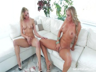 Blonde hotties Samantha and Dahlia fuck on the couch