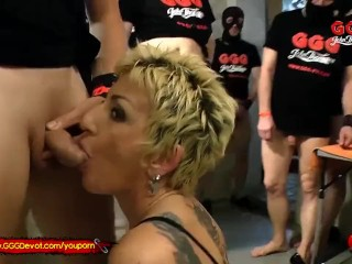 Mature German Mother loves younger cock and Piss – GGGDevot