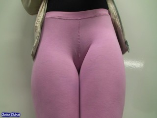 hot pink cameltoe in tights from GLUTEUS DIVINUS