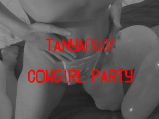 Cowgirl Party Amateur Girl Plays With Her Pussy